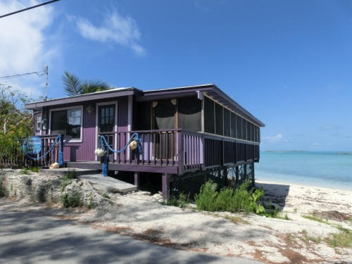 Taste and Sea Cafe, Food on Bahamian Time.