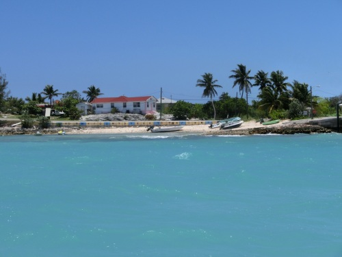 20130505 bahamas black point Settlement 10